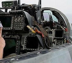 A view of the cockpit of an F-14D from Fighter Squadron Two (VF-2). Description from commons.wikimedia.org. I searched for this on bing.com/images
