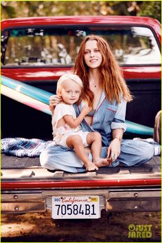 Teresa Palmer Discusses Being Replaced in 2008's 'Jumper'   teresa palmer poses with son bodhi in grazia france spread 01 - Photo
