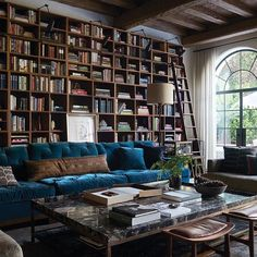 Home Library Window Family Rooms 34 Ideas Home Library Design, House Design, Cozy Library, Library Shelves, Library Books, Home And Living, Living Room, Home Libraries, Design Furniture