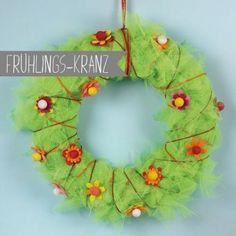Frühlings-Türkranz Crochet Earrings, Christmas Ornaments, Holiday Decor, Jewelry, Home Decor, Flower Crochet, Garlands, Craft Tutorials, Home Made