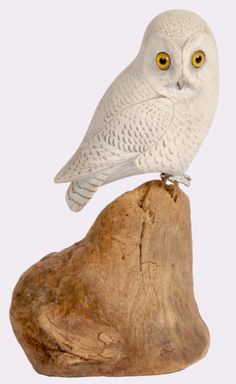 ADA Show April 28 - 30, 2015.   Gilley Miniature Snowy Owl.   Description: By Wendell Gilley (1904-1983) of Southwest Harbor, Maine Gilley started his career as a plumber, then made miniatures for Abercrombie & Fitch. He became so well-known that his home town built a museum dedicated to Gilley's works. Original Paint with Gilley's classic metal legs.  Condition: Excellent.    Dealer:A Bird in Hand Antiques. Date:1950's.  Origin:Southwest Harbor, ME.   Artist/Maker:Wendell Gilley…