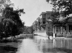Fotoğraf meraklısı olarak bilinen Sultan II. Abdülhamid, İstanbul'un her köşesinden fotoğraflar çektirerek bunları arşivletti.