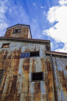 Landscape Paintings and photographs : Rust