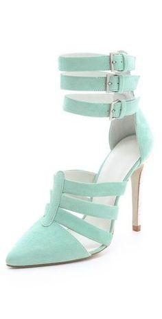 http://fashionpumps.digimkts.com Gorgeous Pumps