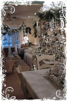 **My Desert Cottage**: Tour of my Christmas Home