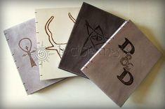 Cuadernos grandes de madera para Master de Rol - Varios juegos