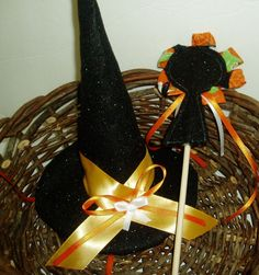 Felt Witch Hat and Magic Wand  Gold and Orange by BrennysBibbies, $12.50 #handmadebot #boebot #hmcspooky