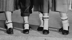 1953's Big Teenage Fad Was Wearing A Dog Collar On Your Ankle http://triviahappy.com/articles/1953s-big-teenage-fad-was-wearing-a-dog-collar-on-your-ankle