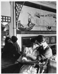 by Robert Doisneau 1945
