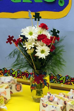 autism awareness centerpiece --- http://tipsalud.com -----