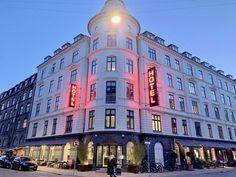 Dette er min nye hotelloppdagelse i København — The Travel Inspector Copenhagen Hotel, Nye, Restaurant, Mansions, House Styles, Travel, Viajes, Fancy Houses, Trips