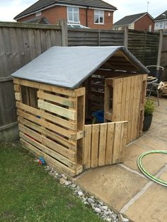 Our own pallet house pallet shed, pallet house, playhouse plans, outdoor buildings, Pallet Fort, Pallet Kids, Pallet Playhouse, Playhouse Plans, Diy Easy Playhouse, Pallet Patio, Pallet Tree Houses, Pallet Dog House, Pallet Shed