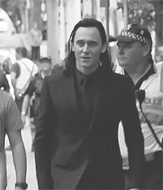 Like, Loki in all black tho....can we talk about that?