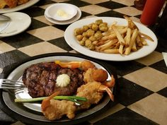These 10 Small Town Texas Restaurants Will Serve You Some Of The Best Meals Of Your Life Texas Restaurant, Pecan Wood, Breakfast Cafe, Baked Potato Casserole, Tomato Relish, Homemade Pastries, Meat Markets