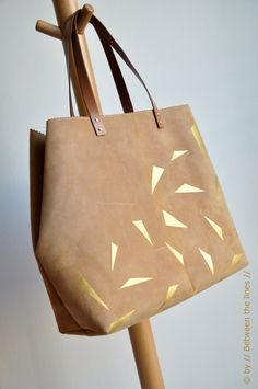 DIY: leather and gold bag
