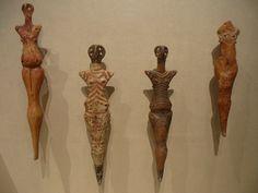 Cucuteni figurines, circa 3700-3500 bc by jammy!, via Flickr Pagan Festivals, Ancient Goddesses, Mother Goddess, Africa Art, Historical Artifacts, Effigy, High Art, Art Journal Inspiration, Ancient Art