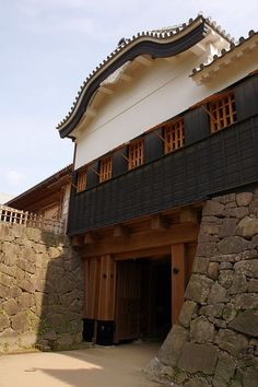 Kumamoto Castle Monuments, Takeda Shingen, Kumamoto Castle, Castle Window, Japanese Castle, Japanese Architecture, Cozy Place, Japanese Beauty, Shiro