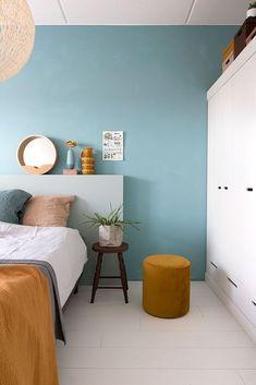 MY ATTIC / krijtverf op de muur/ slaapkamer / bedroom / colourful interior / kleur inspiratie Fotografie: Marij Hessel www.entermyattic.com