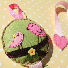 Birds on a branch felt hair bow holde