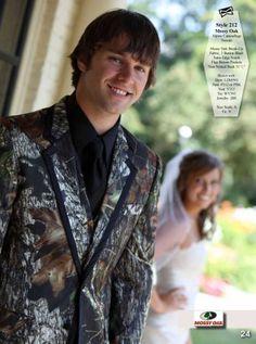 Alpine Camouflage Tuxedo #Tuxedo #Camo #Wedding #Groom #PWBridals