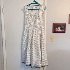 Polka dot dress Never worn Muxxn Dresses
