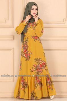Hijab Dress Party, Hijab Style Dress, Modest Fashion Hijab, Frock Fashion, Muslim Fashion, Fashion Dresses, Beautiful Gown Designs, Stylish Dress Designs, Stylish Dresses