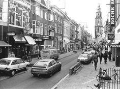 Groningen<br />De stad Groningen: De Oosterstraat in 1986