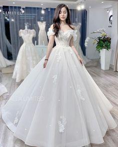 Weeding Dress, Wedding Dress Sleeves, Boho Wedding Dress, Wedding Attire, Perfect Wedding Dress, Best Wedding Dresses, Bridal Dresses, Wedding Gowns, Fall Wedding
