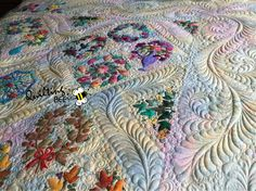 Quilt top by Elaine Neumann, custom quilting by Kelly Corfe, The Quilting Bee…