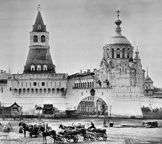 Vacas, barricadas y mansiones: fotos del Moscú que ya no existe
