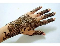 Mehndi has became an art and culture. Mehndi has been a part of Pakistani culture and tradition since the times Arabians came to this land. Mehndi has always been considered as one of the essential… Pakistani Mehndi Designs, Eid Mehndi Designs, Stylish Mehndi Designs, Mehndi Patterns, Beautiful Mehndi Design, Latest Mehndi Designs, Mehndi Designs For Hands, Mehndi Images, Mehndi Tattoo