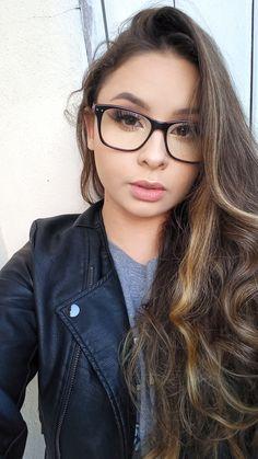Girls With Glasses, Fashion, Moda, Fashion Styles, Fashion Illustrations