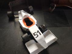 Formule 1 auto als surprise voor Sinterklaas. Een leuk idee voor een man of jongetje