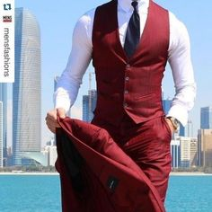 Latest Coat Pant Designs Burgundy Men Suit Slim Fit Tuxedo Skinny 3 Piece Groom Blazer Custom Style Prom Suits Terno Masculino