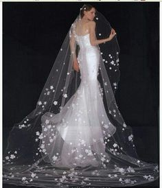 Yes - Faddish Elbow Wedding Bridal Veils with Lace Flowery Edge Stunning Wedding Dresses, Country Wedding Dresses, Princess Wedding Dresses, Modest Wedding Dresses, Colored Wedding Dresses, Fit And Flare Wedding Dress, Tea Length Wedding Dress, Ball Dresses, Ball Gowns