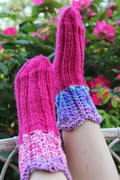 Tuulen silmään: Värisukat kesätytön jalkoja lämmittämään