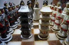 RARE Vintage Ceramic chess set Asian theme от K17Designs на Etsy