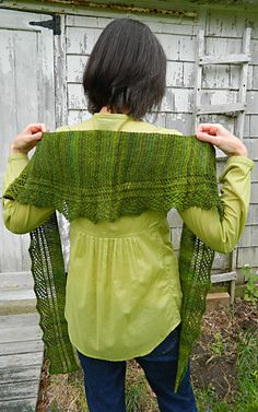 Unleaving shawl: Knittyspin First Fall 2012 - I think I'd like to try this one when I finish the afghan I'm working on right now.