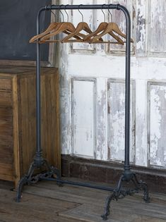 This Vintage Inspired Clothes Rack is like those used in older homes built without closets. For more vintage-style storage solutions visit Antique Farmhouse today! Malm, Architectural Digest, Antique Farmhouse, Farmhouse Decor, Farmhouse Style, Farmhouse Design, Rattan, Vintage Style Outfits, Vintage Fashion