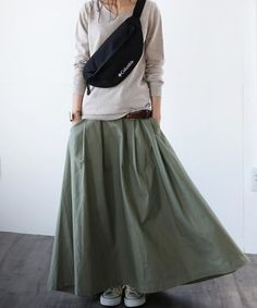 Fashion Mode, Minimal Fashion, Hijab Fashion, Girl Fashion, Fashion Dresses, Womens Fashion, Japanese Outfits, Japanese Fashion, Asian Fashion