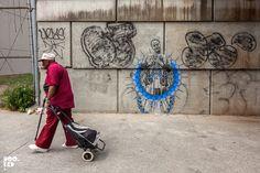 Beautiful wheatpaste works by Brooklyn Street Artist Swoon in New York. New York Street Art, London Street, Linoleum Block Printing, Art Story, Art Sites, Some Image, Street Artists, Print And Cut, Brooklyn