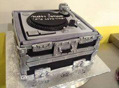 DJ turntable cake, Sugarnomics Cake Studio Guam