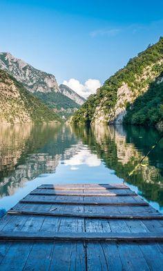 HIGHLIGHTS OF ALBANIA - A day on Lake Komani