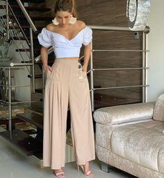 on the go outfits Fashion Pants, Look Fashion, Hijab Fashion, Fashion Dresses, Womens Fashion, Fashion Ideas, Cute Casual Outfits, Chic Outfits, Casual Chic