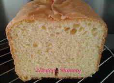 Comme tu le sais (peut-être) , je suis , depuis quelques jours , au régime sans sel et sans sucre ...J'essaie donc d'innover pour continuer de prendre du plaisir à table !!!! J'ai investi dans une machine à pain dès le premier jour car un repas sans pain...