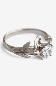 Leaves Engagement Ring No.4 - 18K White Gold and Diamond