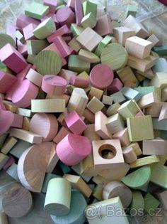 Dřevěné kostičky (kostky) pro děti barvené - 1