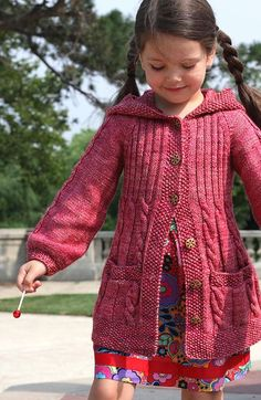 Sewing Gifts For Kids Lavanda - Knitting For Kids, Free Knitting, Knitting Projects, Knit Baby Sweaters, Girls Sweaters, Sweater Knitting Patterns, Knitting Stitches, Crochet Clothes, Crochet Baby