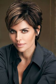 2020 Short Hair Trends For Women Over 50 . 2020 Short Hair Trends 2020 short hair trends for women o Stylish Short Haircuts, Short Shaggy Haircuts, Cute Hairstyles For Short Hair, Curly Hair Styles, Short Haircuts For Women, Layered Hairstyles, Pretty Hairstyles, Short Hair Trends, Celebrity Short Hair