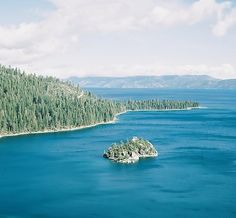 South Lake Tahoe Foodie Guide | via @spencerspellman